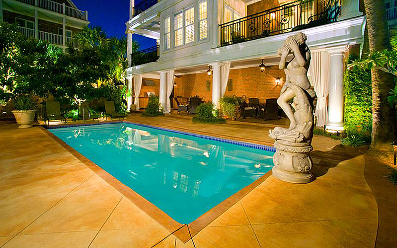 Alaglas Pools Caribbean model, a medium fiberglass pool in White
