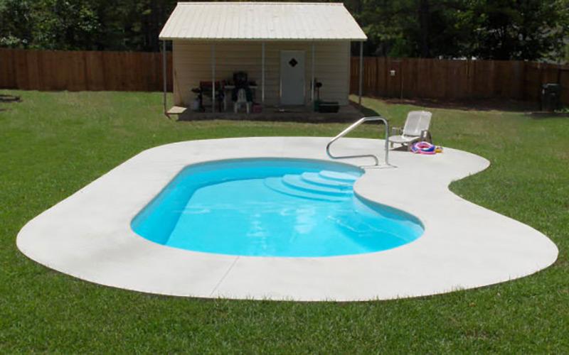 Alaglas Pools June Bug, a medium freeform fiberglass pool in white