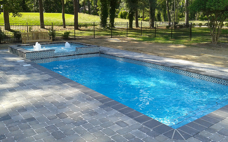 Alaglas Pools Grand Baron fiberglass swimming pool